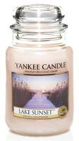 Yankee Candle Lake sunset 623g